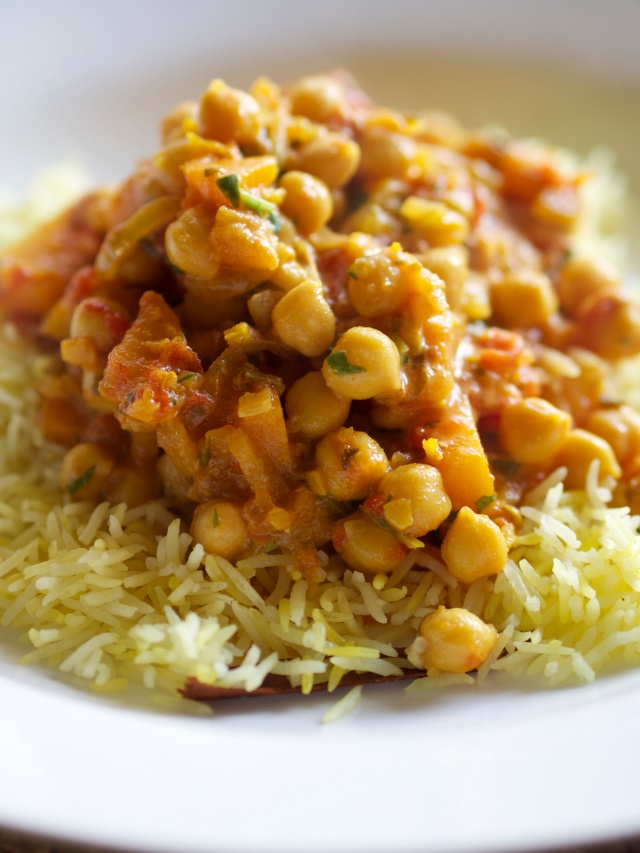 Chick pea, squash and apple curry