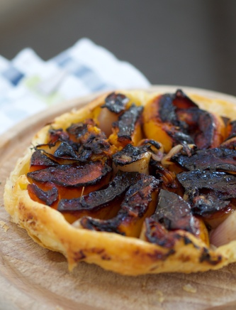 Shallot and pumpkin tarte tatin