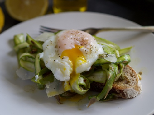 Shaved asparagus with duck egg